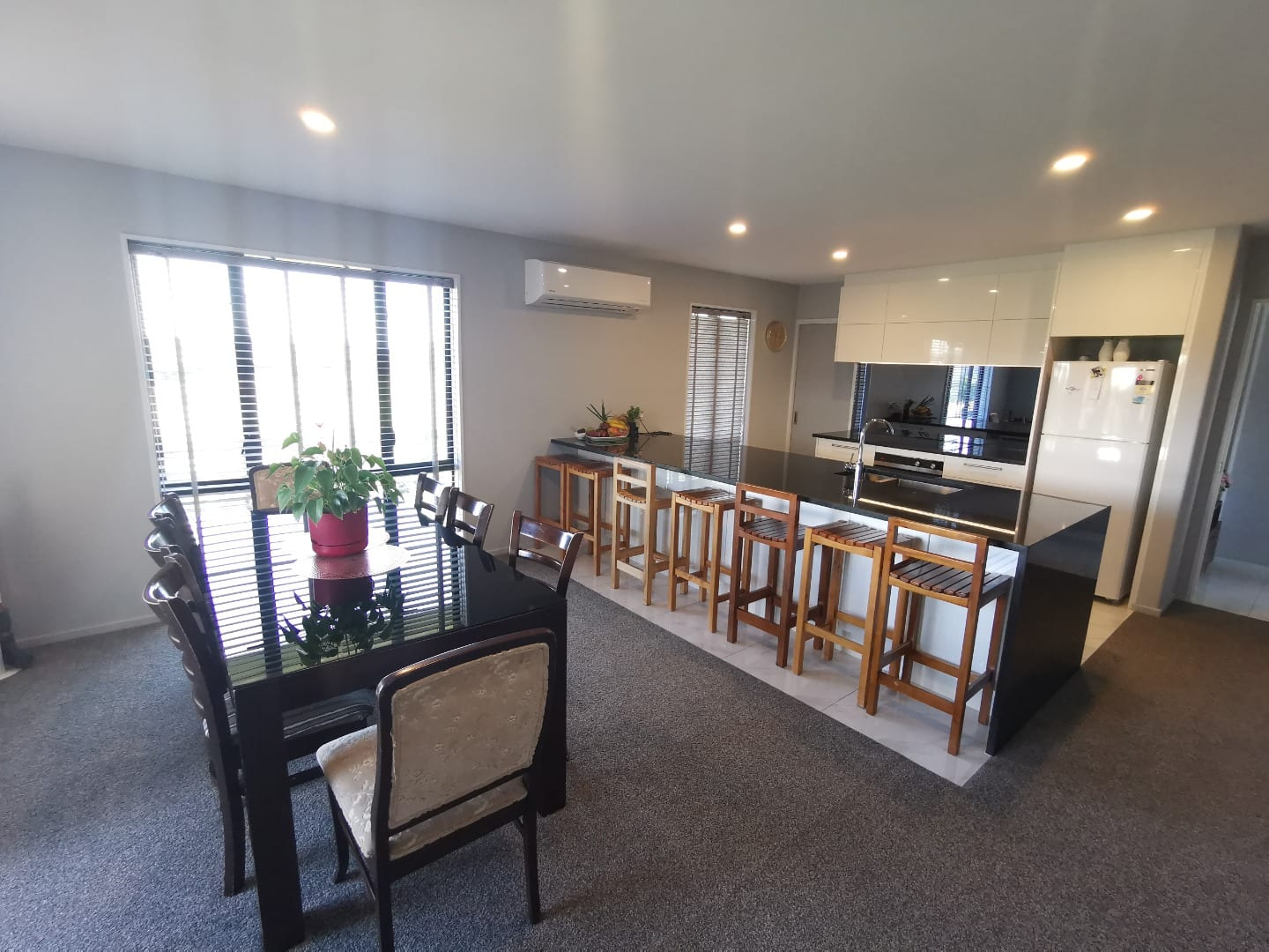 Beautiful 4 Bedrooms 2 Bathroom Home in Halswell