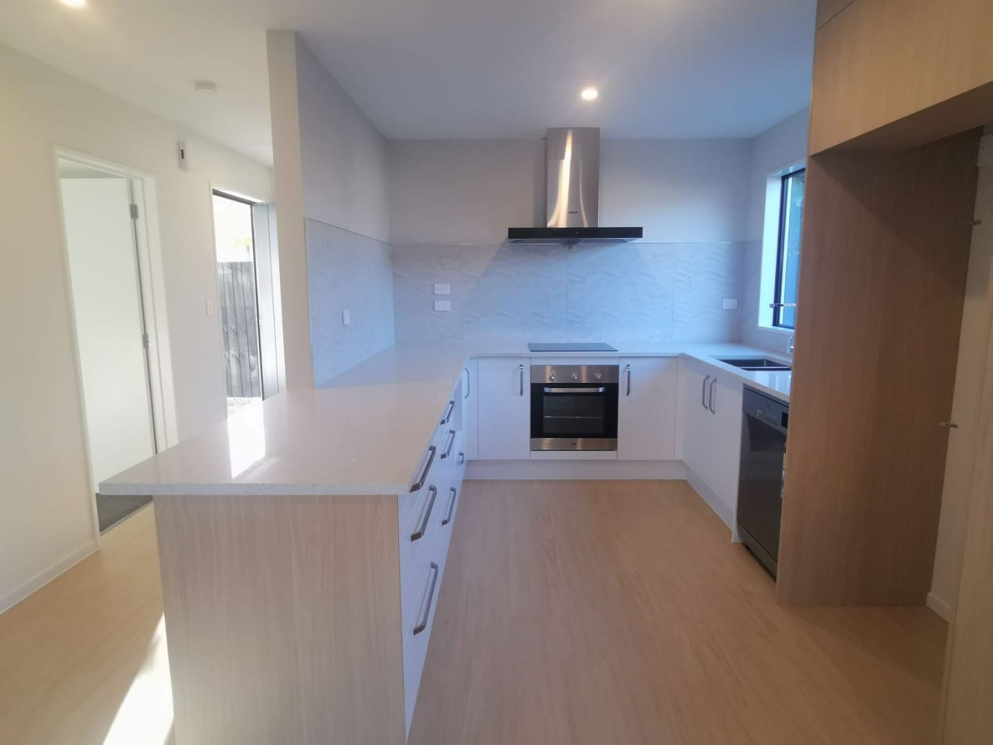 Brand New Townhouse – 4 Bedrooms with 4 Ensuites